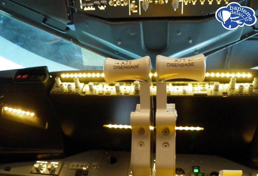 simulateur de vol immersif avion de ligne montpellier. Black Bedroom Furniture Sets. Home Design Ideas